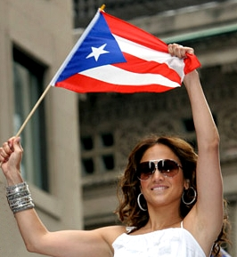 Jennifer Shows Off Some Puerto Rican Pride